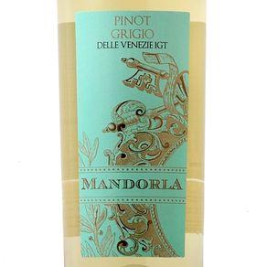Mandorla-Pinot-Grigio-delle-Venezie-2017